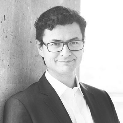 Edgar Barroso  /  Director de LET